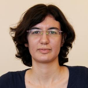 Yana Polinov